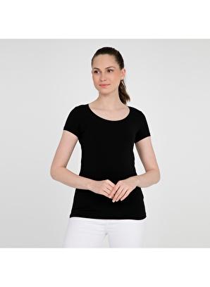Fashion Friends  Tişört 9y0531fashionfriendstshirtkadınts  30.23 TL